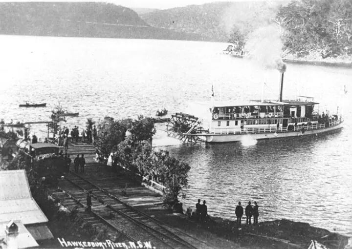 "Paddle steamer ""General Gordon"" (built by Tom Davis in 1887 at Terrigal Haven) leaving River wharf,Long Island Hawkesbury River in 1889.Built for Captain Alexander Sinclair Murray to convey rail passegers across river before bridge opened in 1889,then as a tourist boat in 1910.Finally cut up into houseboats at Berowra for E. Windybank's fleet.v@e"