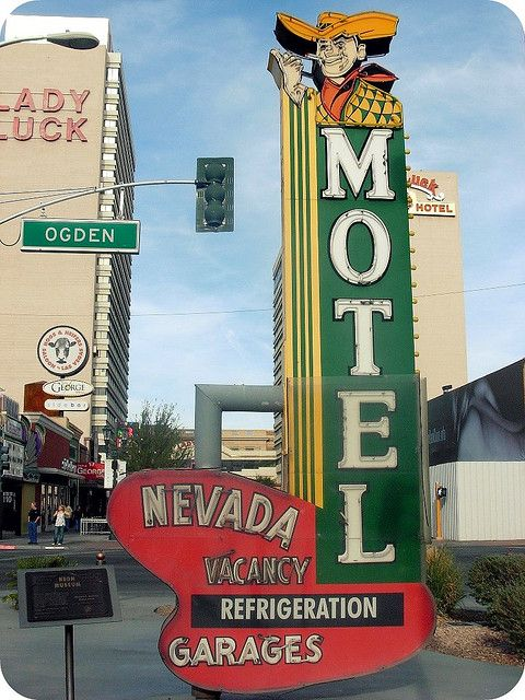 754 best Retro Motel Signs images on Pinterest