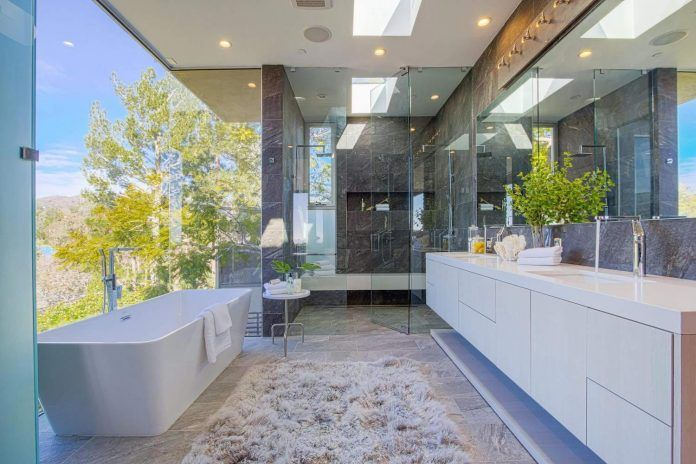 Modern interior design of a Brentwood house by by Michelle Ruben Interiors - CAANdesign | Architecture and home design blog