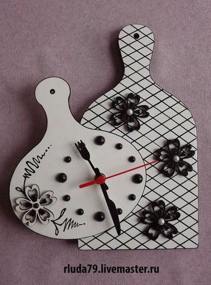"""Часы для дома ручной работы. Ярмарка Мастеров - ручная работа Часы настенные для кухни """"Две досочки"""". Handmade."""