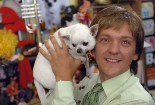 Chris Lilley.. mr. g. seriously can't get enough.