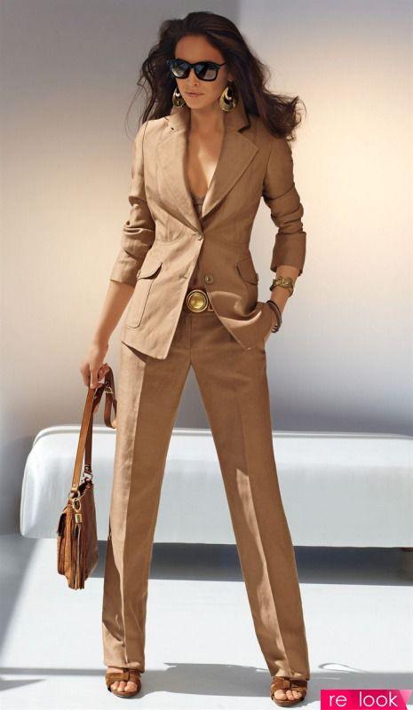 Как правильно носить женский брючный костюм?: Территория моды - мода на Relook.ru