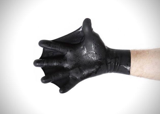 Bio-mimicry at best... Darfkin Gloves