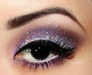 Purple Eyeshadows, Dark Eye, Eye Shadows, Bridal Makeup, Beautiful, Homecoming Makeup, Makeup Ideas, Glitter Eye Makeup, Hair