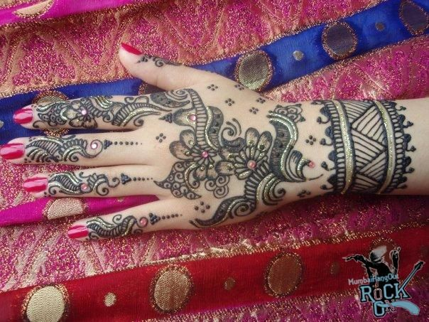 Latest Collection of Designer Bridal Mehndi Designs (Arabic Mendi Designs)