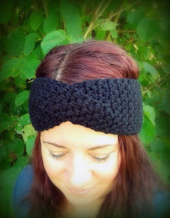 Bandeau noir croisé tricoté main au crochet unique créateur France : Chapeau, bonnet par c-comme-celine