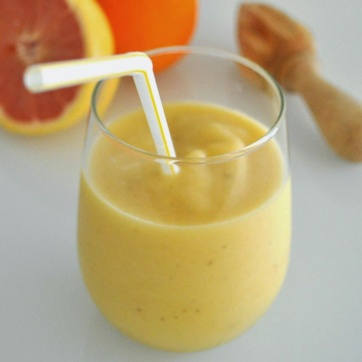 Cooking with Manuela: Healthy and Creamy Mango, Orange, and Grapefruit Smoothie