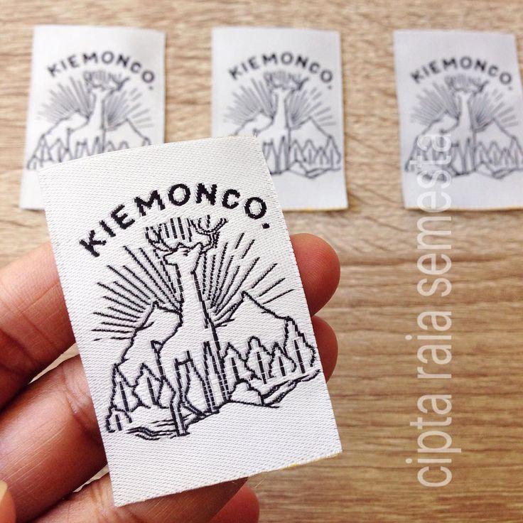Woven label  #woven #wovenlabel #wovenrajut #wovendamask #wovendesign #labeltas #labelbaju #labelkaos #labelcloth #labelprint #merkbaju #labelclothing #labeltas #labelkaos #satinrajut #satinwoven #satinlabel