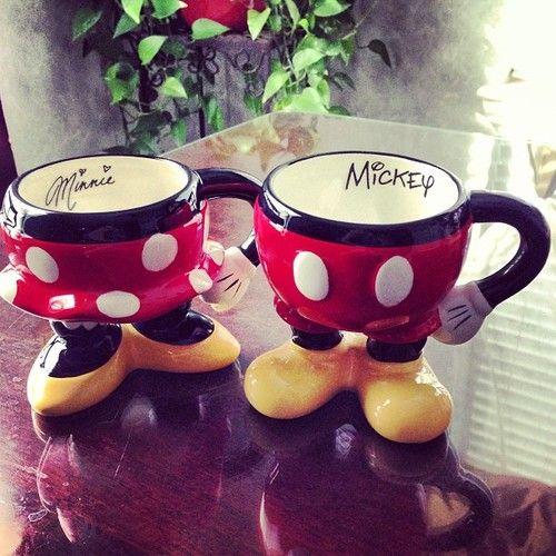 Caneca Mickey Mouse