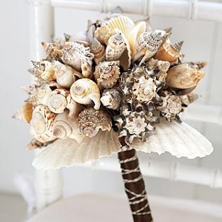 for the beach bride, Seashell bouquet