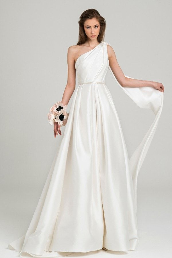 One Shoulder Wonders Wedding Gowns With Asymmetrical Beauty Wedding Dresses Photos Bridal Gowns Wedding Dress Styles