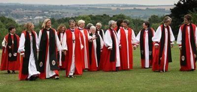 F.G. Saraiva: Igreja da Inglaterra vota a favor de bispas