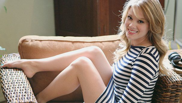 Kimberly Matula - Nieve Hope Logan Spencer on Bold and the Beautiful