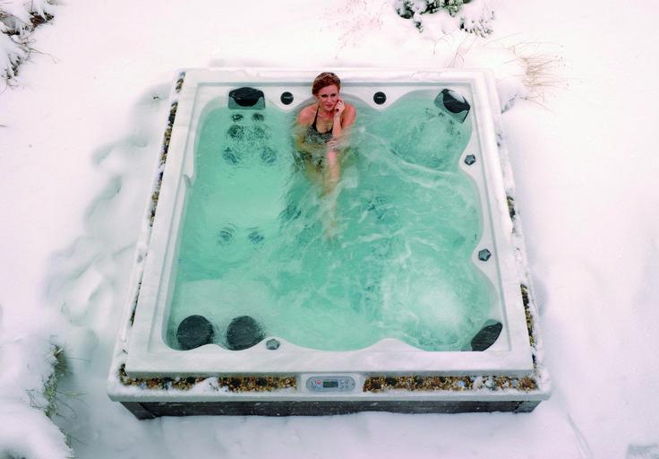 ça y est c'est l'hiver ! Qui est pour un spa dans la neige ?