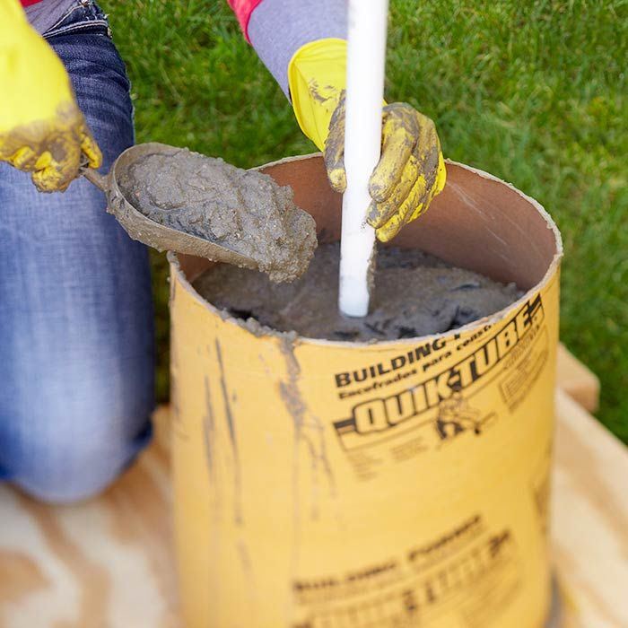 Add Concrete Mix To The Form Water Fountains Craft