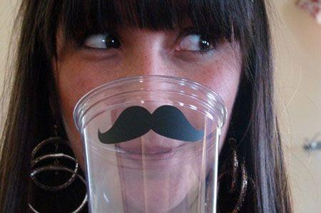 copo festa bigode