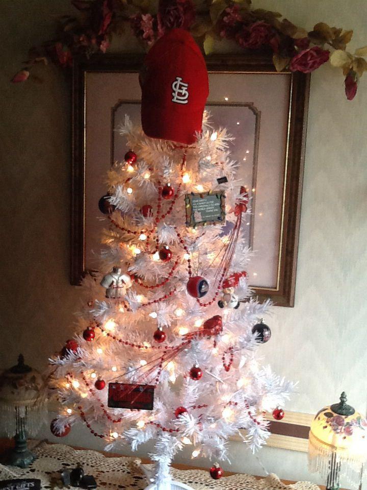 St louis cardinal christmas tree   Cardinal Stuff   Pinterest ...