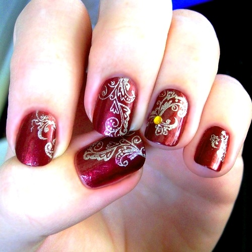 These Bollywood Nails Would Look Absolutely Gorgeous For An Indian Wedding! Follow #somethingtreasured