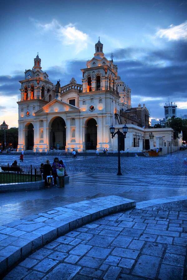 Catedral de la ciudad de Córdoba. Argentina, un edificio con mucha historia