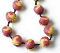 faux collier macarons fil de réglisse
