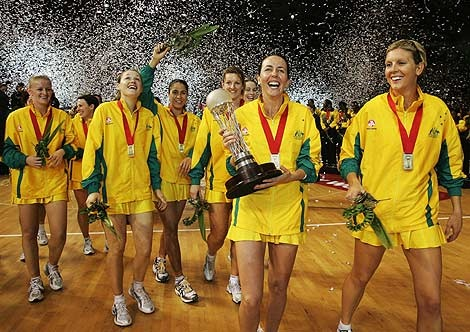 Did you know that on this day in 2007 Liz Ellis announced her retirement from competitive netball? #netball