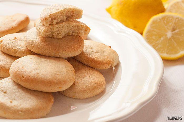 meltaways made with lemon almond coconut flour coconut oil paleo lemon ...