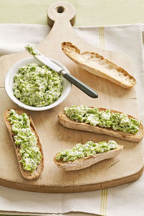 Ricotta-Pea Spread:  Serve this delicious spread on toasted baguette slices or as a dip with crudité.