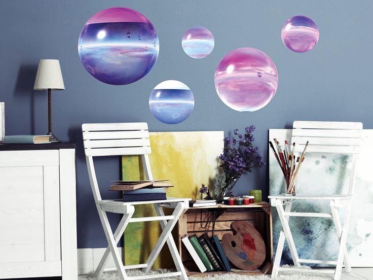 Naklejka na ścianę z efektem iluzji. Dodaj swoim ścianom koloru z taką piękną i tanią dekoracją!