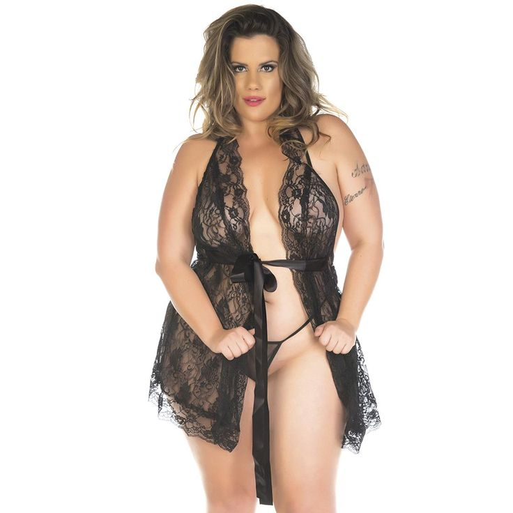 Plus size model Aline Valente   Aline Valente