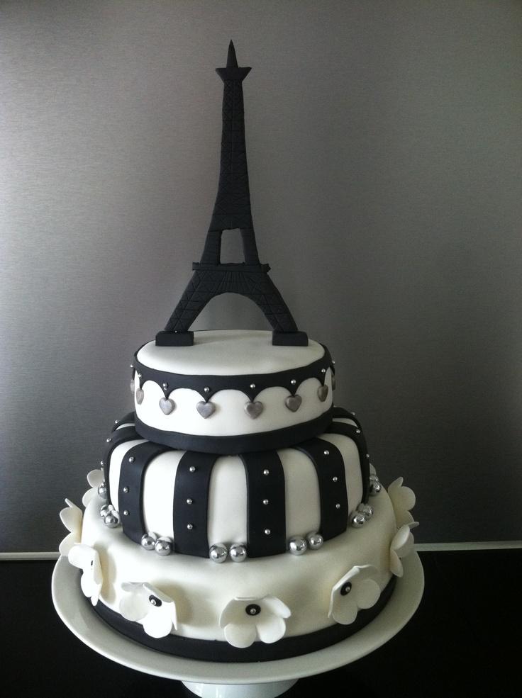 Bruidstaart met Eiffeltoren voor een bruiloft met Parijs als thema  Weddingcake Paris