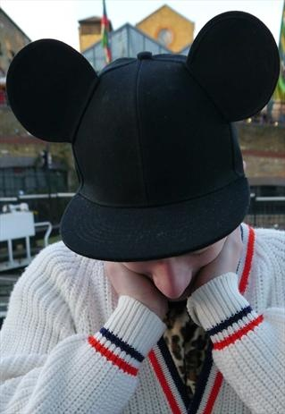 MOUSE EARS SNAPBACK CAP BY MODU DESIGNS. Im down for a minnie mouse one..would be cute for a couple :)