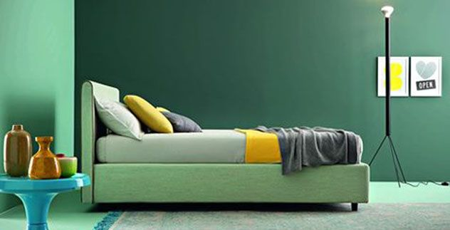 Consigli su come abbinare i verde nell'arredo #verde #green #greenery #pantone #pareti #letto #relax #interiordesign #cucina #bagno #camera #ideas #arredo #tinta #palette