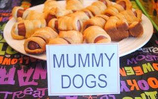 Halloween Party Food! Preschool Halloween Party -- Mummy Dogs!