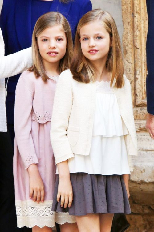 royalwatcher: Infantas Sofía and Leonor