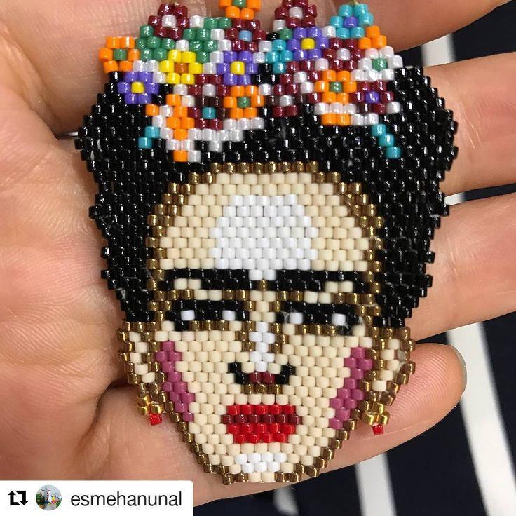 Güle güle kullanın ❤ #Repost @esmehanunal (@get_repost) ・・・ #rüyaboncuk #amigurumis#amigurumi #amigurumitoy #amigurumilove #crochet #crocheting #crochetlove #crochetdolls #miyuki  boncuğum yoksa yapamıyorsam sipariş verip takarım Frida mı fotodakinden daha güzel gerçeği ellerinize sağlık @fusuni_takilar bayıldım
