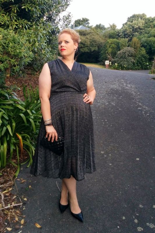 Mama's Style ~ My Style 25th February 2016 featuring a sparkly 80s dress that looks like it's from the 50s. www.mamasstye.com