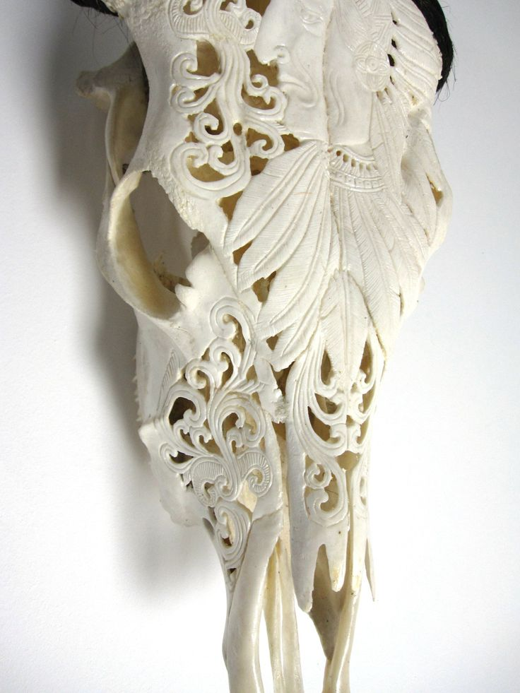 Www.casabali.nl Bone Carving Cowskull Detail Indian http://www.casabali.nl/a-36400908/koeienschedels/koeienschedel-indiaan/