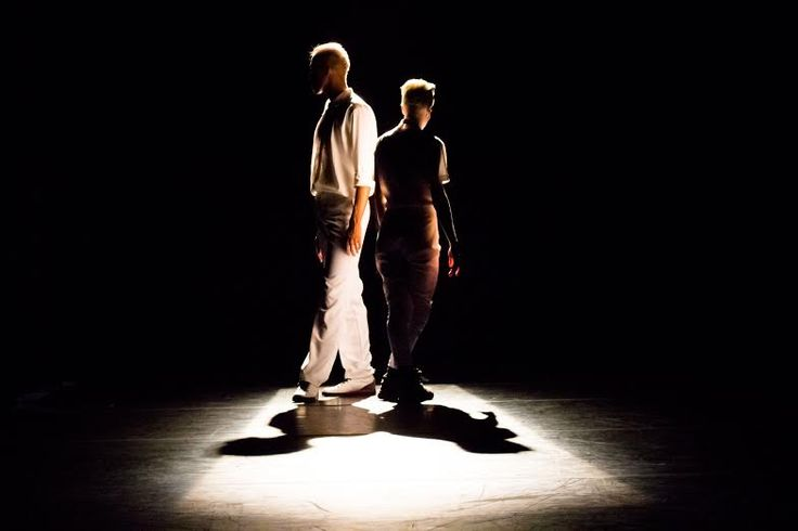 """No próximo sábado, dia 15, às 20h, quem estiver no Sesi de Jacarepaguá não pode perder o espetáculo """"Corda Bamba"""", apresentado pela Criollo Companhia de Dança, no Teatro, com ingressos baratinhos de até R$ 10. 'Ocupa Cacilda' leva dança a preços populares ao Teatro Cacilda Becker até outubro No palco, o grupo carioca expressa as...<br /><a class=""""more-link"""" href=""""https://catracalivre.com.br/rio/agenda/barato/criollo-companhia-de-danca-se-apresenta-em-jacarepagua/"""">Continue lendo »</a>"""