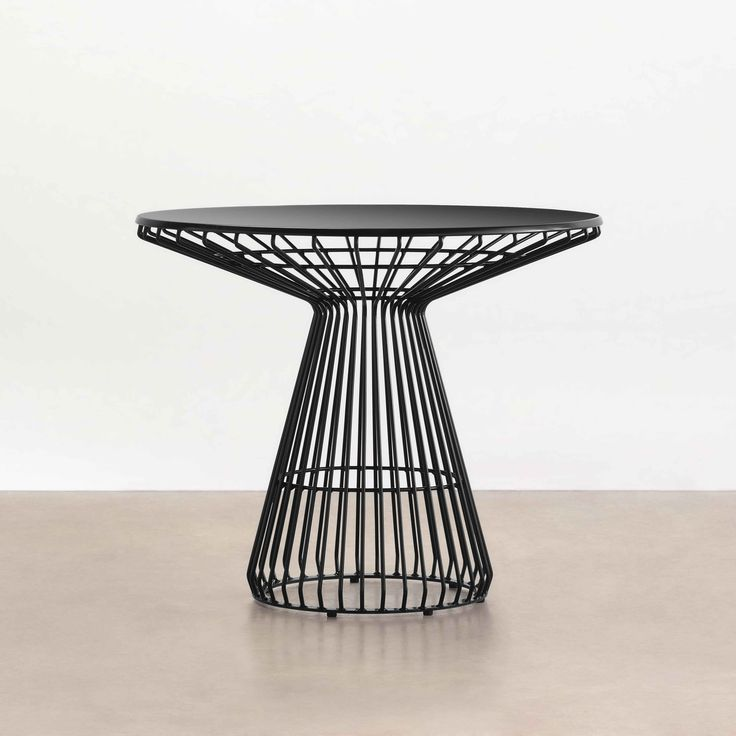 Jil Dining Table - Tait