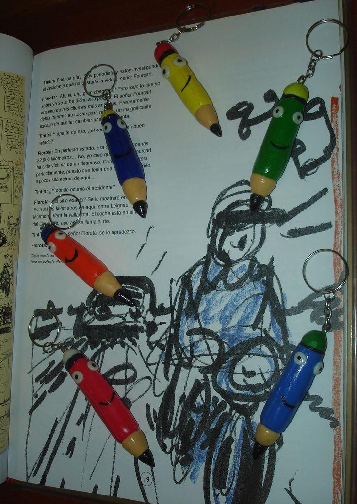 Llaveros en forma de lápices de colores con masa polimérica / Key Chain Colored Pencil made with polymer clay