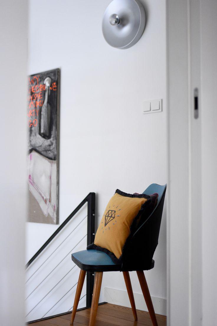 Dimond embroidery cushion