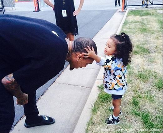 Chris Brown makes a life-changing decision. For the sake and welfare of his daughter, the singer has decided to give up his...