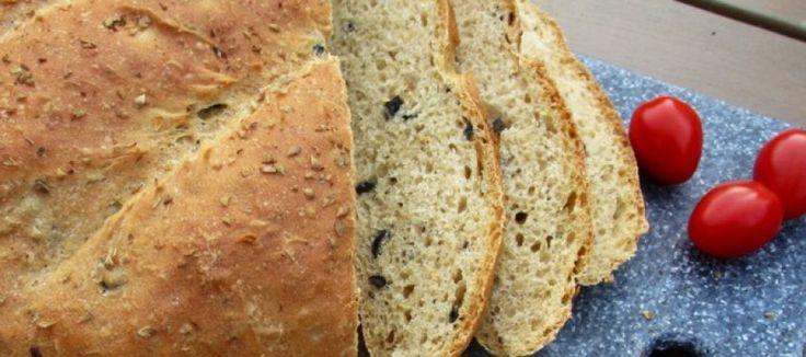Zelf geurig olijvenbrood met oregano bakken | Lekker Tafelen