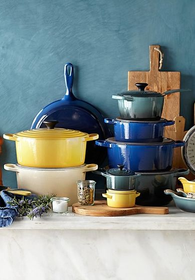 love Le Creuset cast-iron cookware  http://rstyle.me/n/m8f7ipdpe
