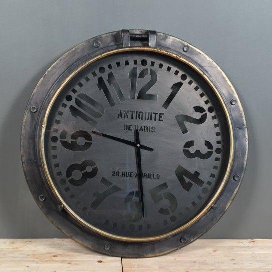 Vintage Μεταλλικό Ρολόι Τοίχου Μαύρο Μπρονζέ Λεπτομέρεια http://nedashop.gr/Spiti-Diakosmhsh/diakosmhtika-toixoy/metalliko-roloi-toixoy-ergostasiako