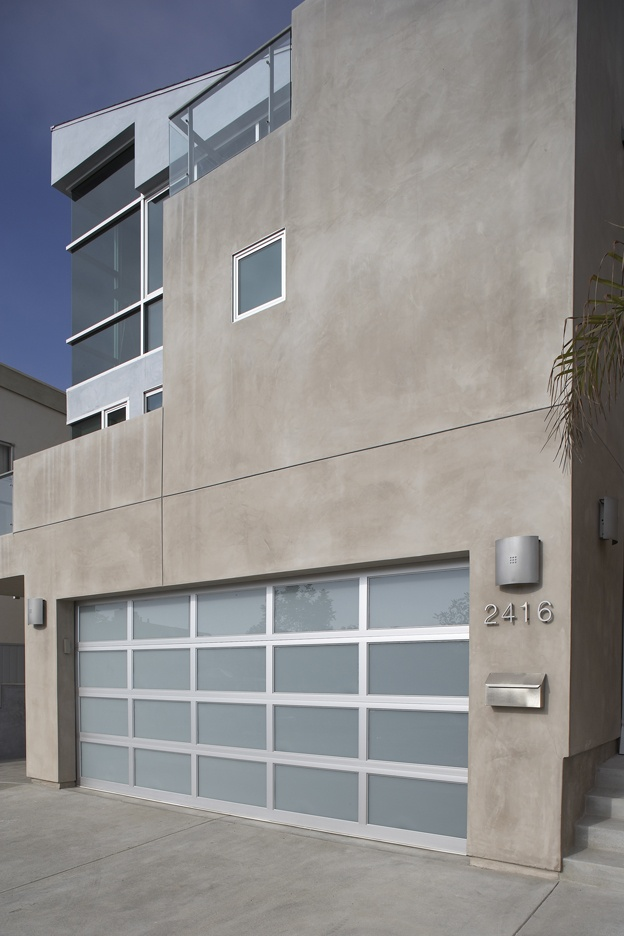 The 25  best ideas about contemporary garage doors on pinterest ...