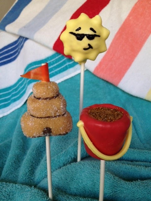 Cake pops by Debbie W. To vote for this picture, please visit: http://www.kcbakes.com/summer-contest-pics.html