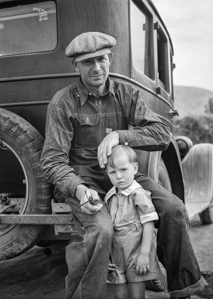 Dorothea Lange's photographs (most famous is the Migrant Mother) - Google Search