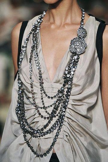 Vera Wang, long necklace