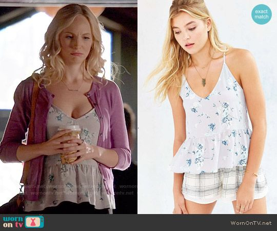 Caroline the vampire diaries outfits